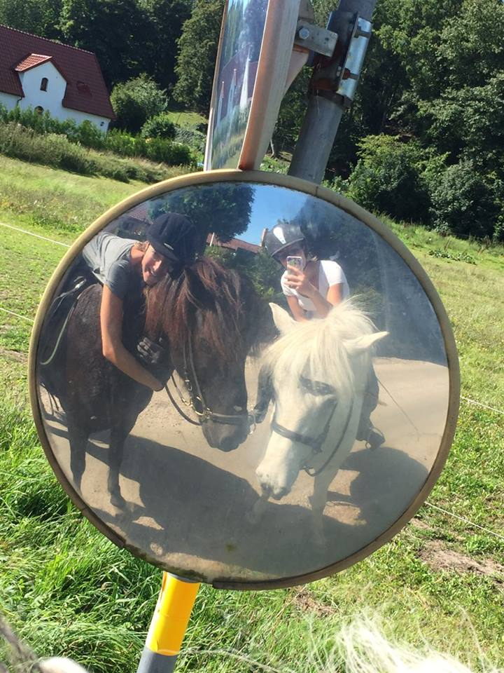Spegel spegel
